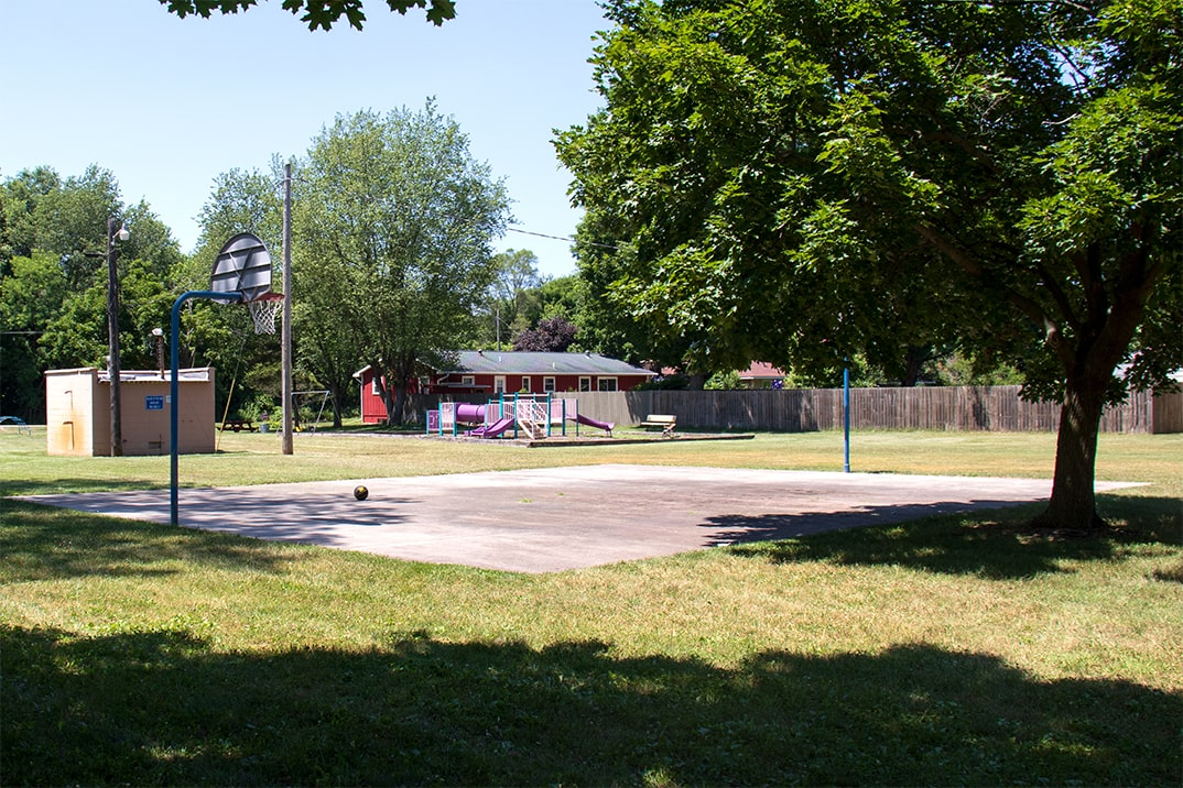 Click here to view a full size picture of Harris/Miller Street Park, Paw Paw, Michigan.