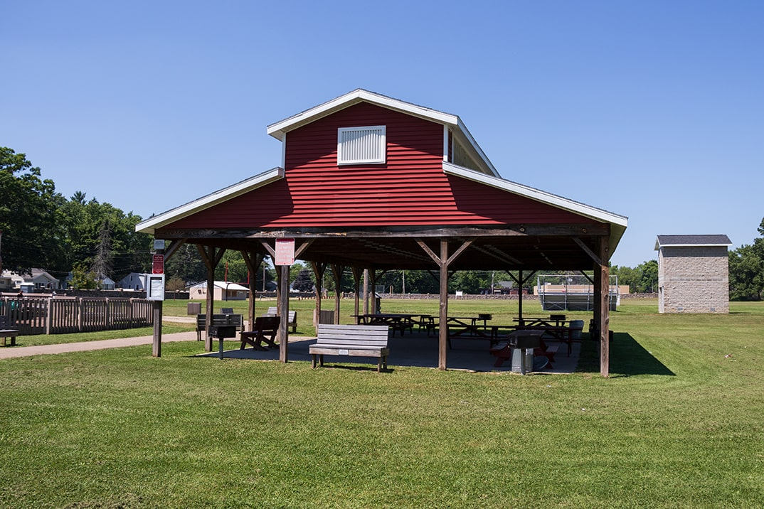 Click here to view a full size picture of Tyler Field Park, Paw Paw, Michigan.
